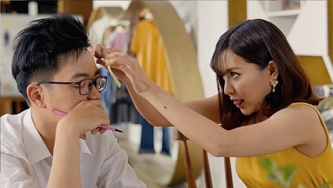 Bich Phuong van la co nang 'gai xinh chang so mot minh' trong MV moi hinh anh 3