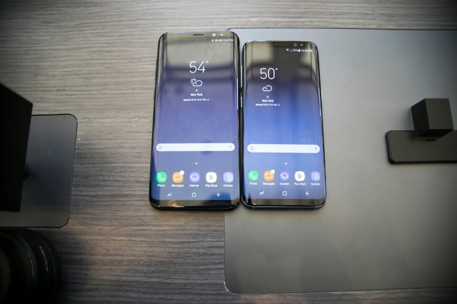 Trai nghiem nghe nhin moi tu man hinh vo cuc cua Galaxy S8 hinh anh 3