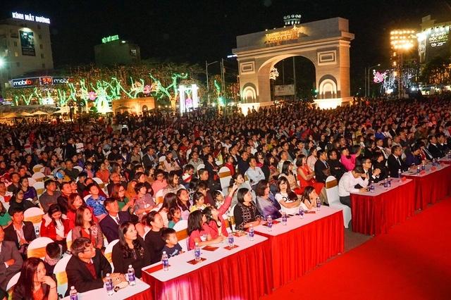 Le ra mat Imperia thu hut gan 3.000 nguoi dan Hai Phong tham du hinh anh 2