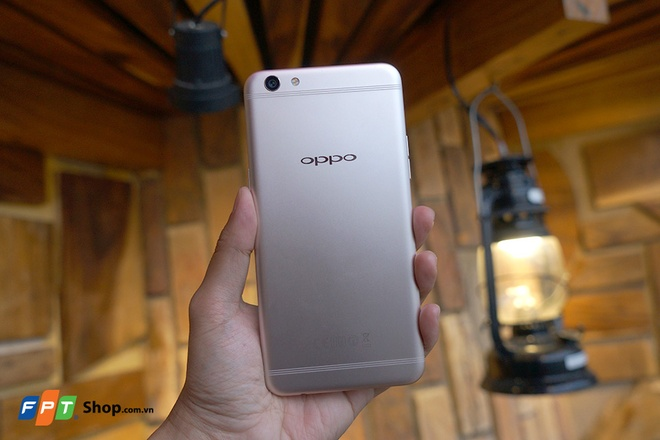 FPT Shop tang 700.000 dong cho khach mua Oppo F3 Plus hinh anh
