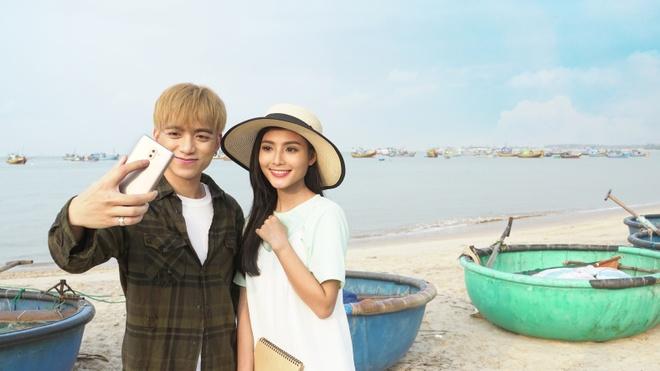 Soobin Hoang Son chup anh 'ban gai' tren bien anh 5