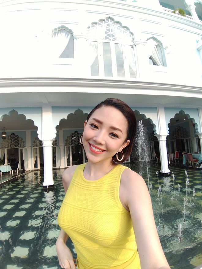Xu huong selfie nhom voi camera goc rong hinh anh 2