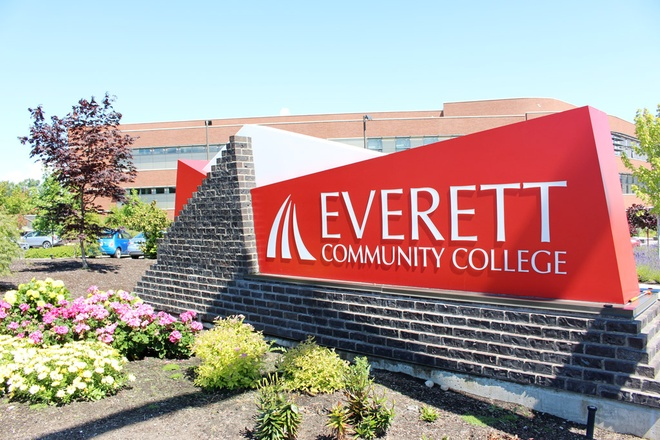 Everett Community College, My to chuc hoi thao tai TP.HCM va Da Nang hinh anh