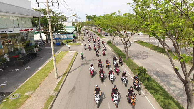 1.000 biker tham gia dieu hanh xe do tai TP.HCM hinh anh 4
