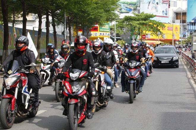 1.000 biker tham gia dieu hanh xe do tai TP.HCM hinh anh 7