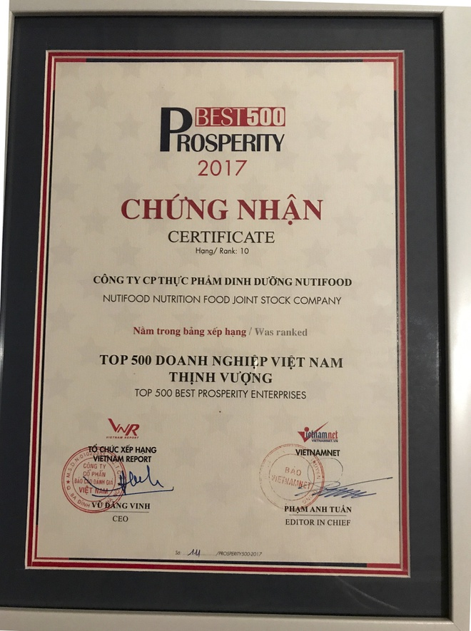 NutiFood lot top 10 Doanh nghiep Viet Nam thinh vuong hinh anh 2