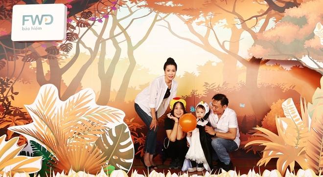 Diem Huong khoe con trai khau khinh trong su kien hinh anh 8