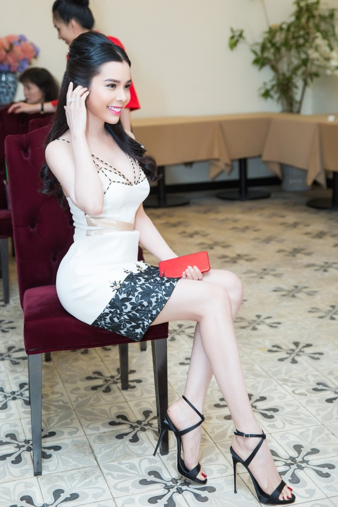 A khoi Huynh Vy se tham du Le hoi khinh khi cau quoc te 2017 hinh anh 6