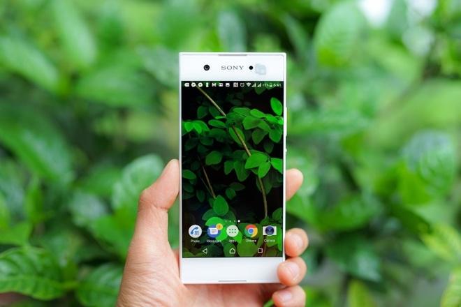 smartphone tam trung Xperia XA1 anh 3