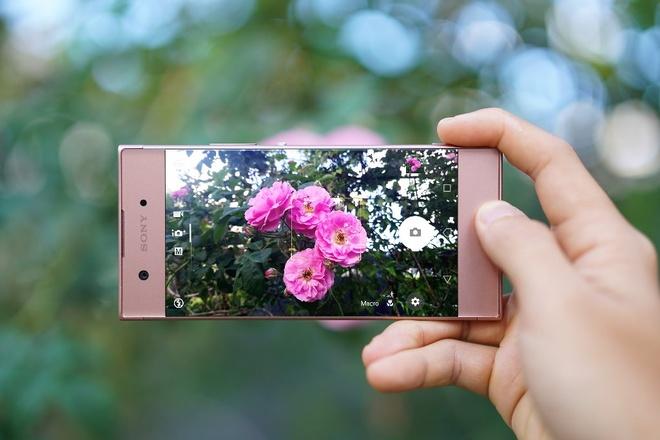 smartphone tam trung Xperia XA1 anh 4