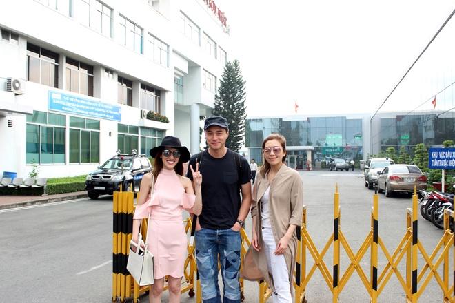 Dan sao TVB ket thuc chuyen tham Viet Nam SCTV to chuc hinh anh 2