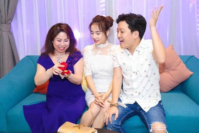 Truong Giang tinh tu ben Nha Phuong trong tiec sinh nhat hinh anh 4