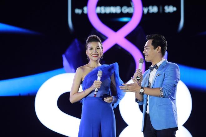 The 8finity show - chuyen phieu luu cong nghe hap dan hinh anh 3