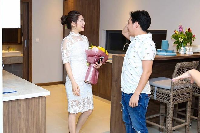 Truong Giang thu gian tai biet thu moi sau chuyen luu dien hinh anh 1
