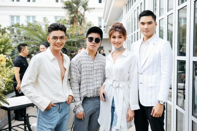 BST dau tay cua Angela Phuong Trinh chay hang sau 24 gio hinh anh 5