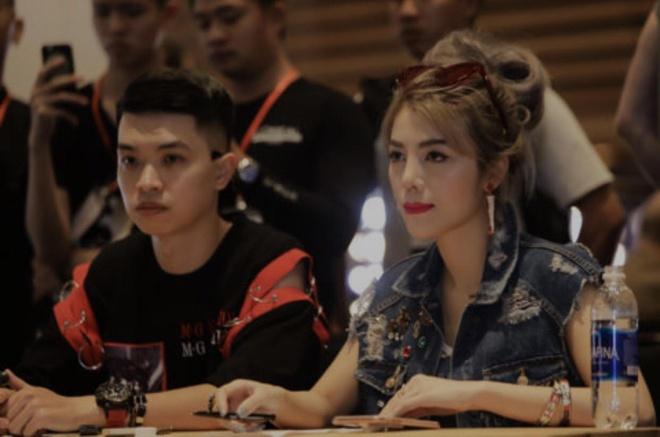 Nha thiet ke Claret Giang Le casting dan Next Top Model cho BST moi hinh anh