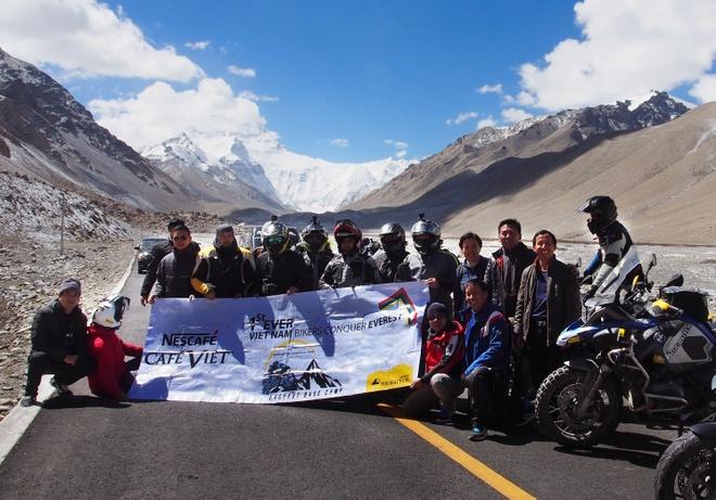 Doan biker Viet chinh phuc Everest Base Camp trong 2 tuan hinh anh 11