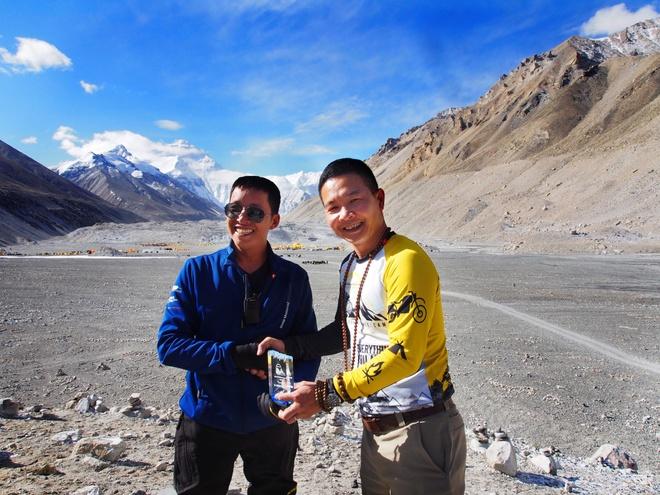 Doan biker Viet chinh phuc Everest Base Camp trong 2 tuan hinh anh 9