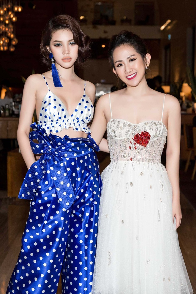Tram Nguyen, Midu do dang tai 'Vietnam International Fashion Week' hinh anh 4
