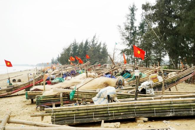 Bien Hai Tien hut du khach mien Bac hinh anh 2