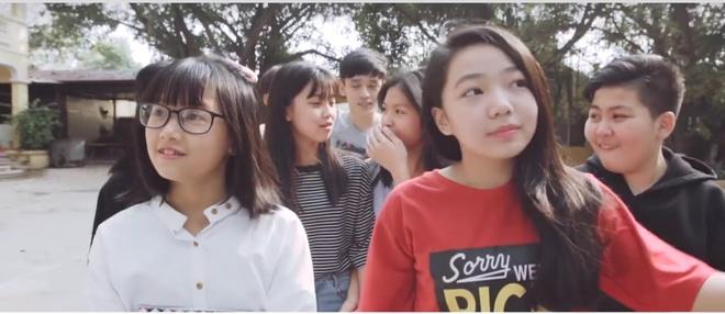 Lo dien quan quan cuoc thi cover MV do Suni Ha Linh lam giam khao hinh anh 1