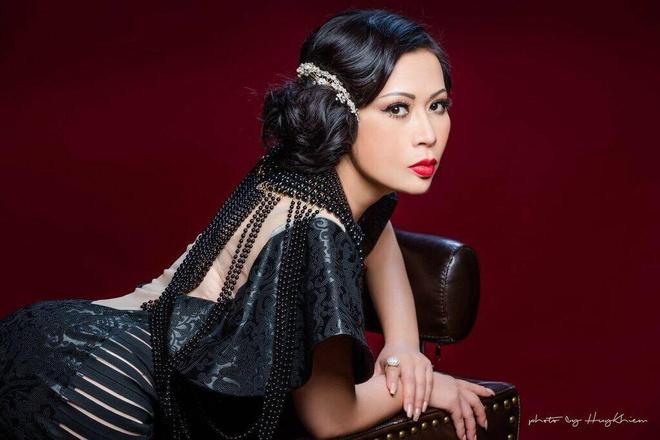 Hoa hau Kristine Thao Lam, Doan Thanh Tai quyen luc voi sac den hinh anh 2