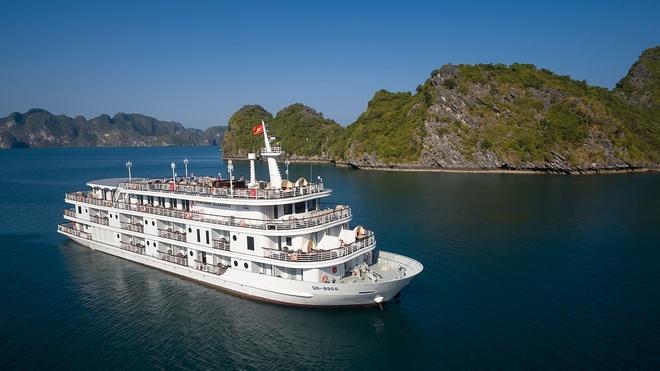 Moi truong lam viec ly tuong tren du thuyen Paradise Cruises hinh anh 1