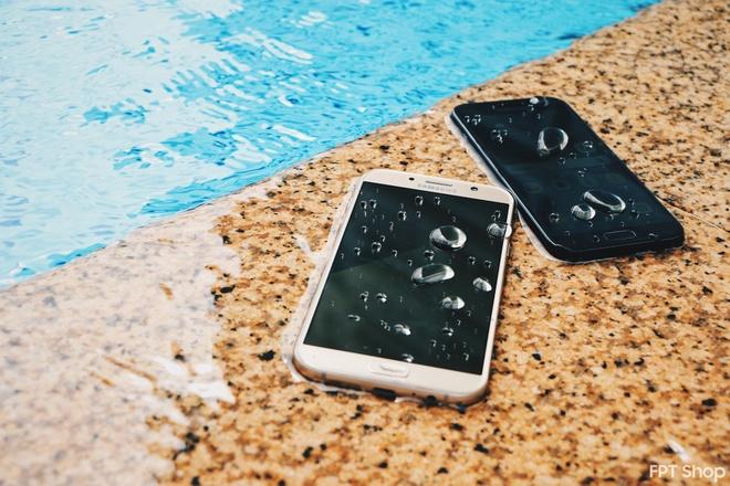 Galaxy A5, A7 2017 giam 1 trieu dong tai FPT Shop   hinh anh 3