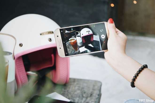 Galaxy A5, A7 2017 giam 1 trieu dong tai FPT Shop   hinh anh 2