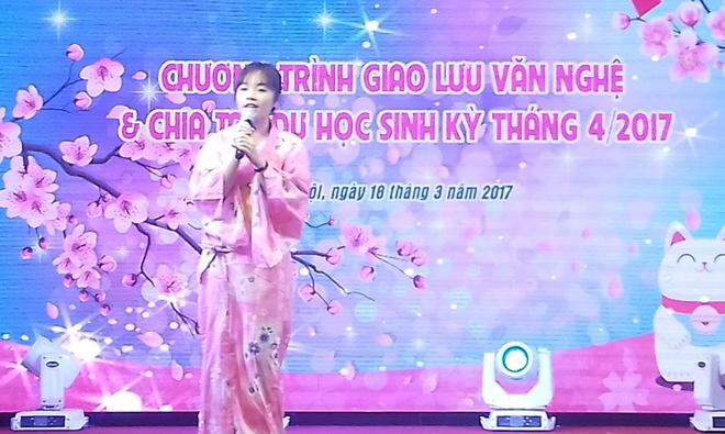 Hoc sinh THPT Hoang Long duoc ho tro 30% hoc phi nam hoc 2017-2018 hinh anh 3