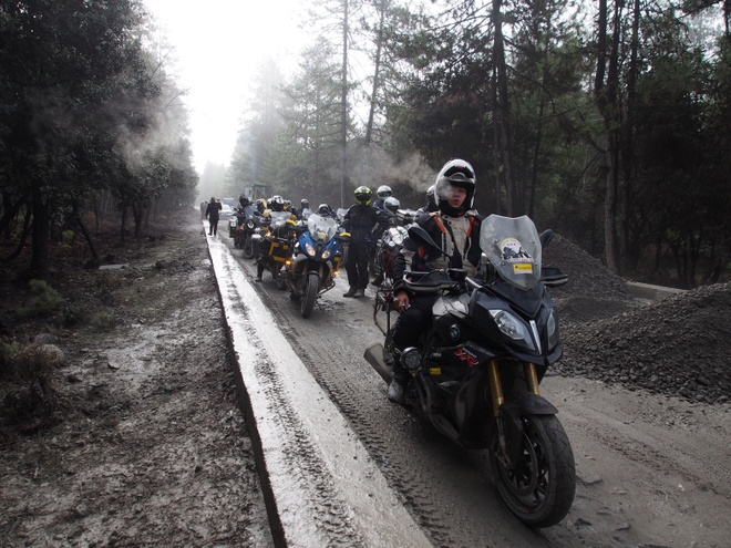Hanh trinh di den 'noc nha' the gioi cua 40 biker Viet hinh anh 8