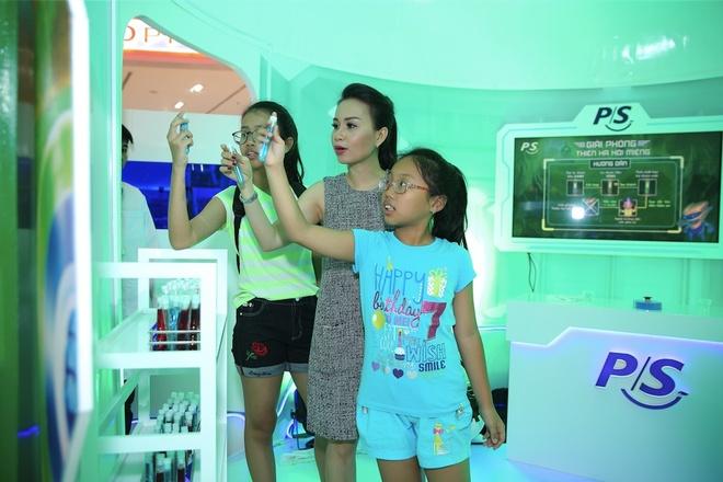 Cam Ly - Minh Vy day con bao ve rang mieng bang tro choi tuong tac hinh anh 7