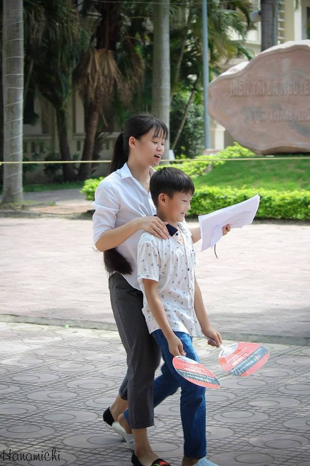 FPT Shop dong hanh cung si tu trong ky thi THPT quoc gia hinh anh 4