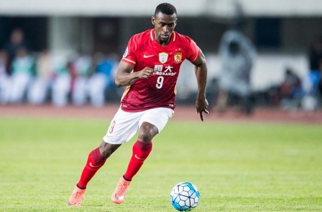 Chinese Super League: Duong dua lat do Quang Chau Hang Dai hinh anh 2