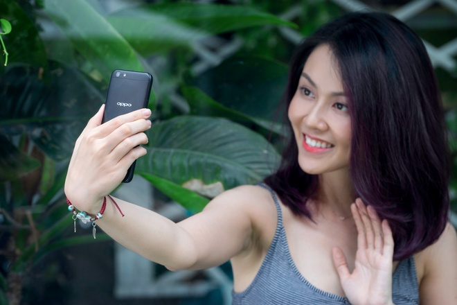 Oppo F3 Lite: Gon nhe, selfie dep, hieu nang tot trong tam gia 6 trieu hinh anh 4