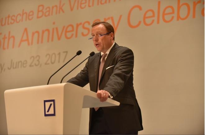 Deutsche Bank ky niem 25 nam hoat dong tai Viet Nam hinh anh 2