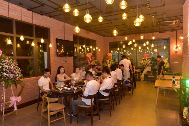 Truong Nam Thanh di hoc pha che, lan san kinh doanh hinh anh 1