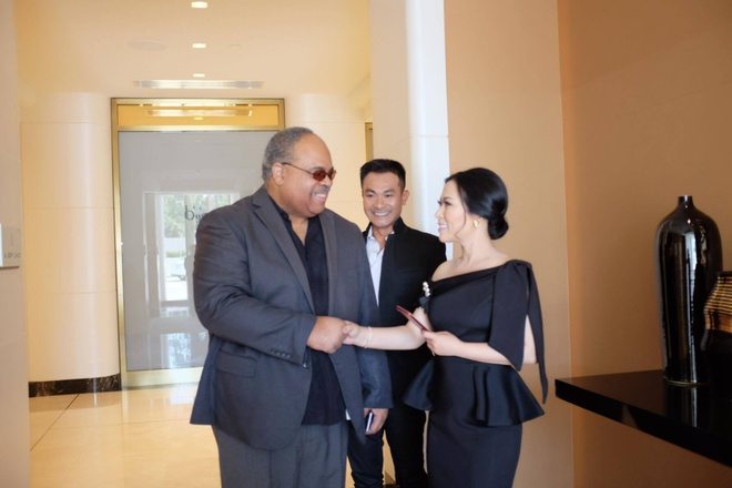 Hoa hau Kristine Thao Lam tra loi phong van tren tap chi My hinh anh 2