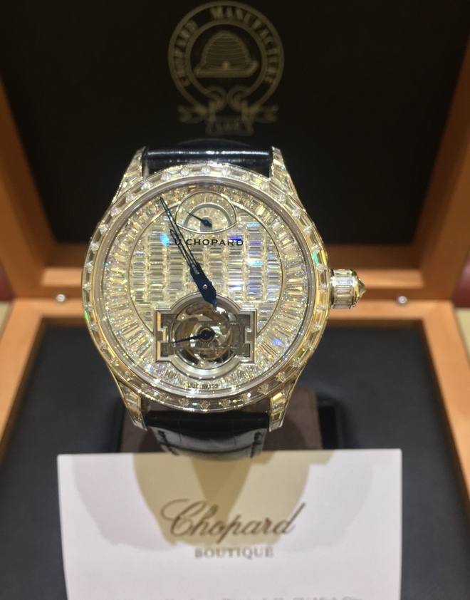 Can canh nhung chiec dong ho tien ty cua Chopard tai VN hinh anh 1