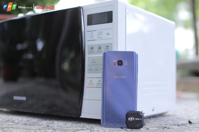 FPT Shop tang lo vi song cho khach dat mua Galaxy S8+ Orchid Gray hinh anh