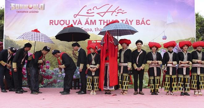 Say trong khong gian am thuc Tay Bac tai Sun World Fansipan Legend hinh anh 3