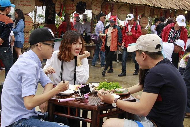 Say trong khong gian am thuc Tay Bac tai Sun World Fansipan Legend hinh anh 8