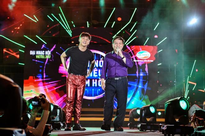 Vi sao Son Tung M-TP moi Pho TGD Viettel song ca? hinh anh 5