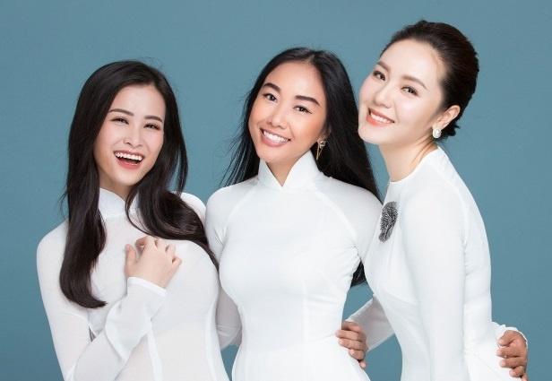 Thanh Lam, Hong Nhung cung dan em hoa giong o nghia trang Truong Son hinh anh
