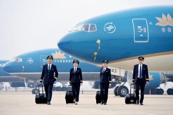 Vietnam Airlines tang cuong tuyen sinh phi cong hinh anh