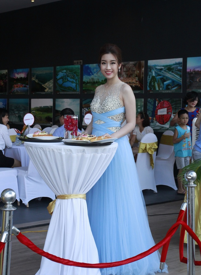 Hoa hau My Linh yeu kieu trong dem nhac 'Tropical Music Night' hinh anh 2