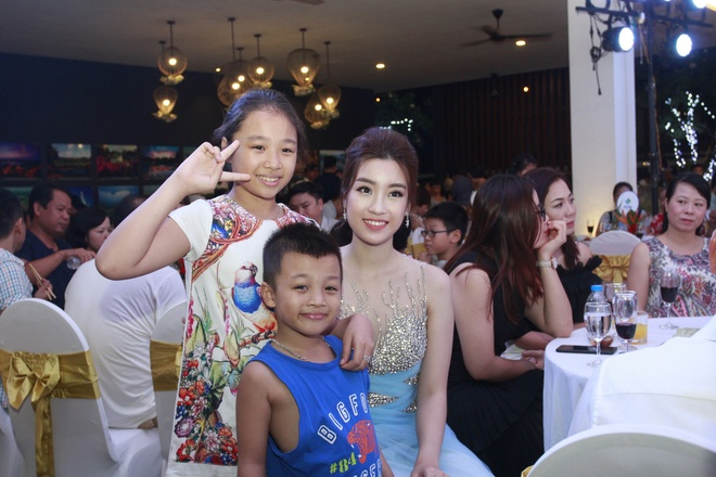 Hoa hau My Linh yeu kieu trong dem nhac 'Tropical Music Night' hinh anh 8