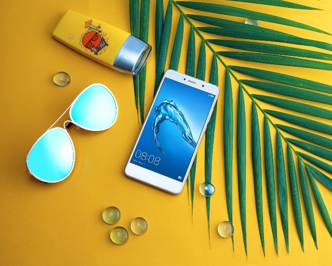 Huawei Y7 Prime: Smartphone tam trung cau hinh manh, 'cay game' tot hinh anh 2