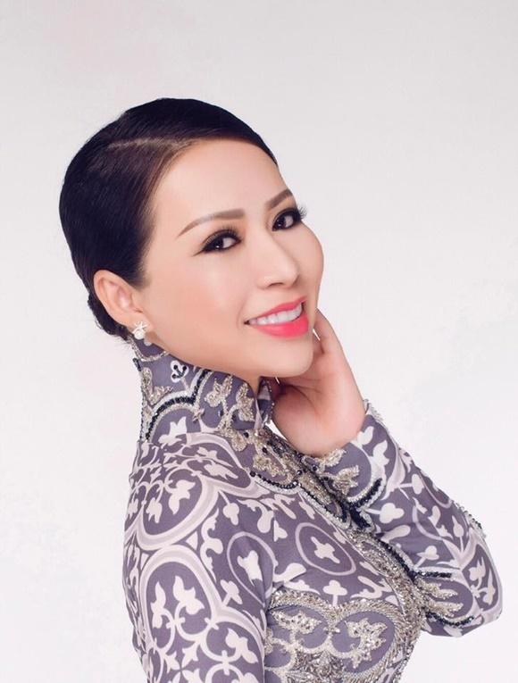 Tai tu dien anh Tri Quang tinh tu ben CEO Kristine Thao Lam hinh anh 8