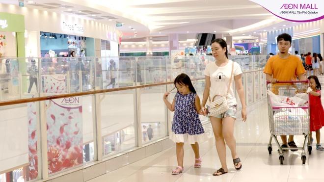 Loat hoat dong hap dan mua tuu truong tai AEON Mall Tan Phu Celadon hinh anh 2